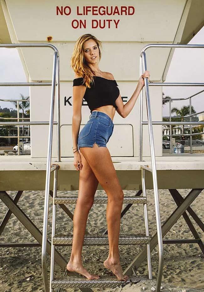 Choáng ngợp vì những cô gái có đôi chân dài nhất nhì thế gian - hình ảnh 13