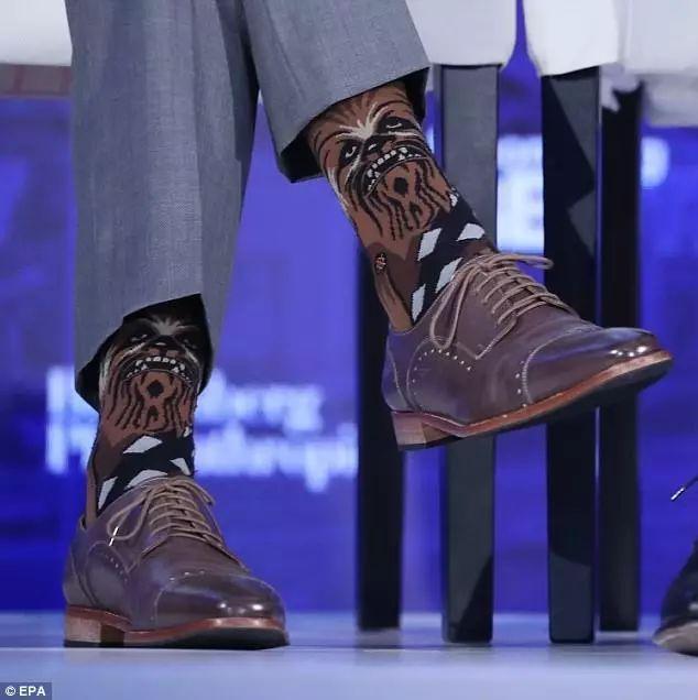 Bí mật sau những đôi tất kì lạ của Thủ tướng Canada điển trai - hình ảnh 2