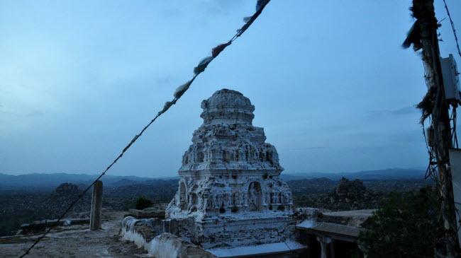 Bí ẩn bên trong thành phố của vua và các vị thần ở Ấn Độ - hình ảnh 13