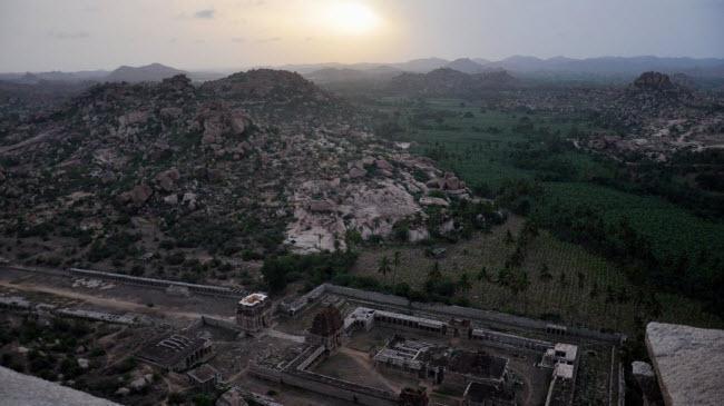 Bí ẩn bên trong thành phố của vua và các vị thần ở Ấn Độ - hình ảnh 19