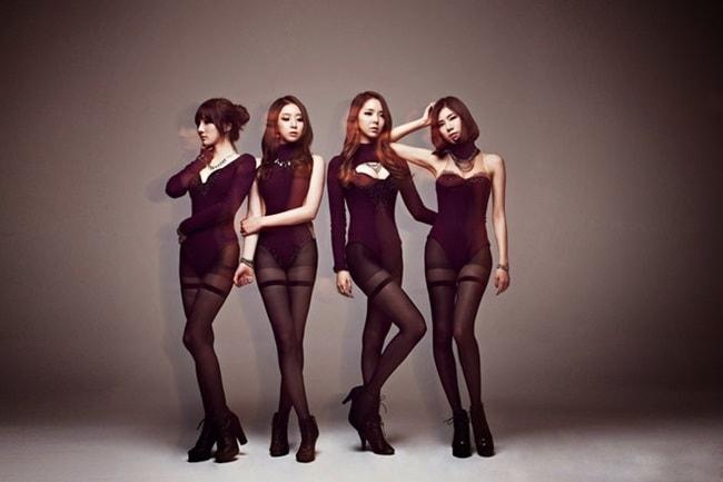 Kiều nữ Hàn gây sốc với đồ diễn ngắn cũn cỡn như nội y - hình ảnh 16