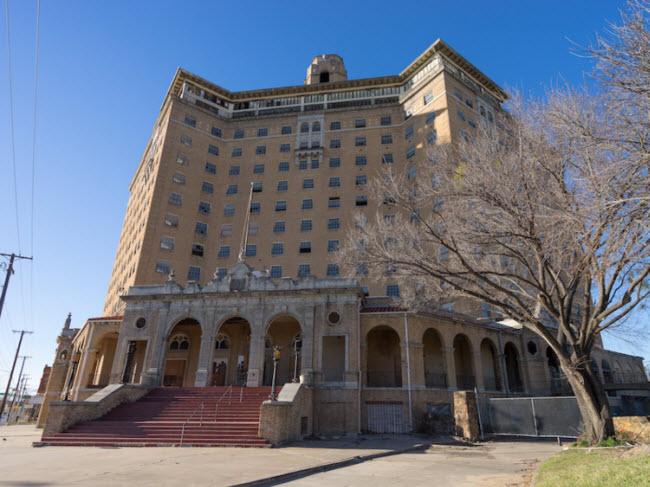 Bí ẩn đằng sau những khách sạn hạng sang bị bỏ hoang - hình ảnh 11
