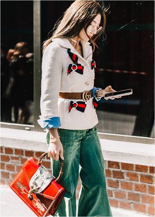 5 bí kíp giúp dân công sở mặc đẹp hút mắt mùa đông này - hình ảnh 1