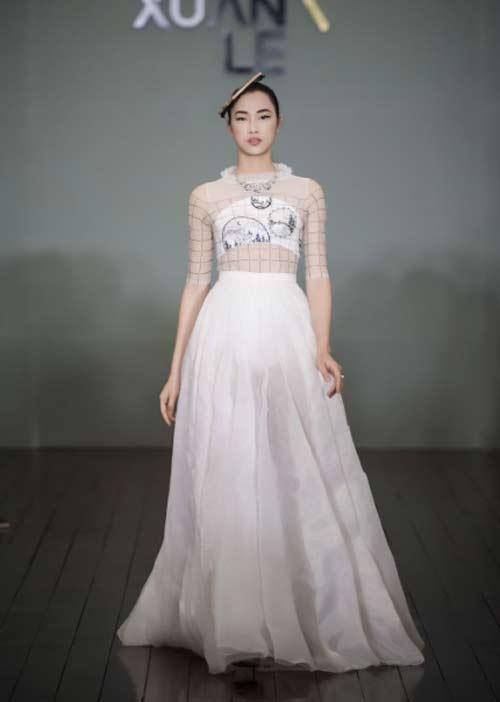 Thanh Mai U50 vẫn đẹp như tiên với váy trăm triệu đính ngàn viên pha lê - hình ảnh 6
