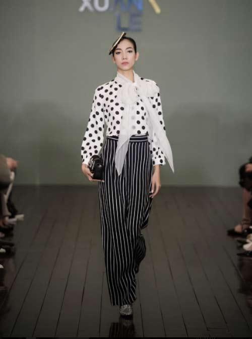 Thanh Mai U50 vẫn đẹp như tiên với váy trăm triệu đính ngàn viên pha lê - hình ảnh 8