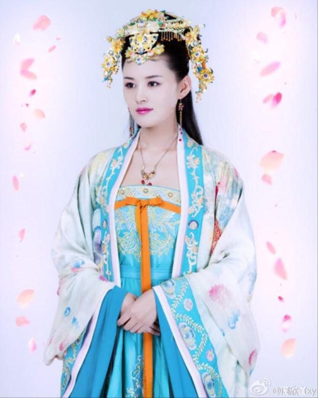 """Mỹ nhân """"Bao Thanh Thiên"""": Ai là người gợi tình nhất? - hình ảnh 3"""