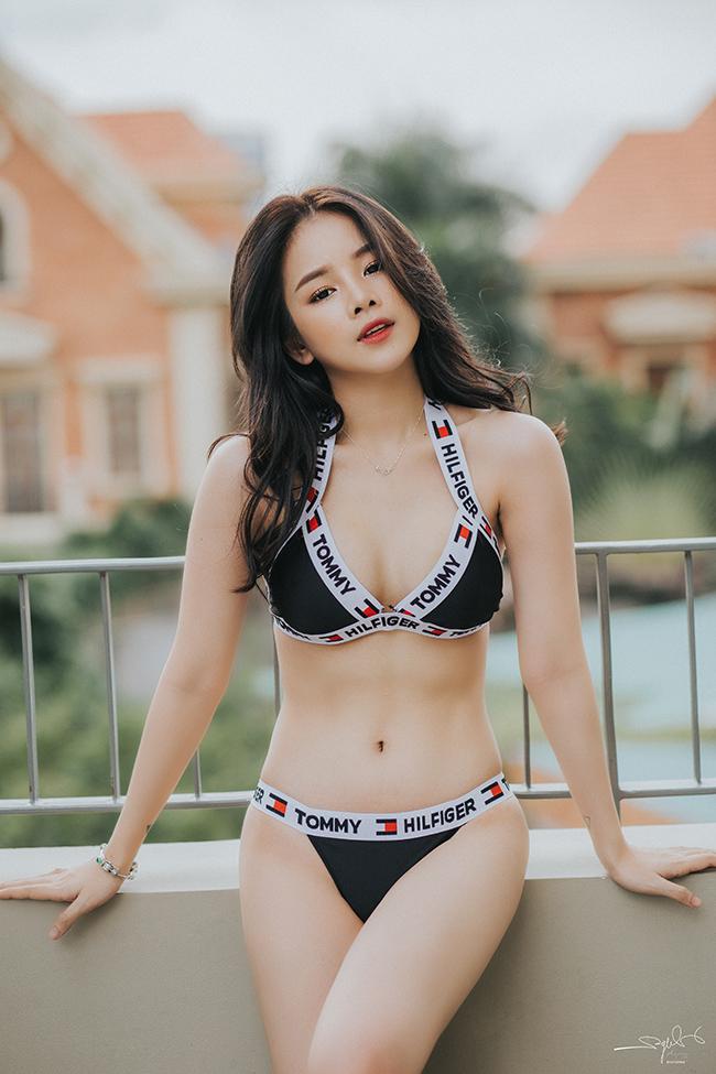"""Lần đầu hở bạo với bikini, """"Hoa hậu DJ"""" không dám đăng ảnh lên Facebook - hình ảnh 9"""