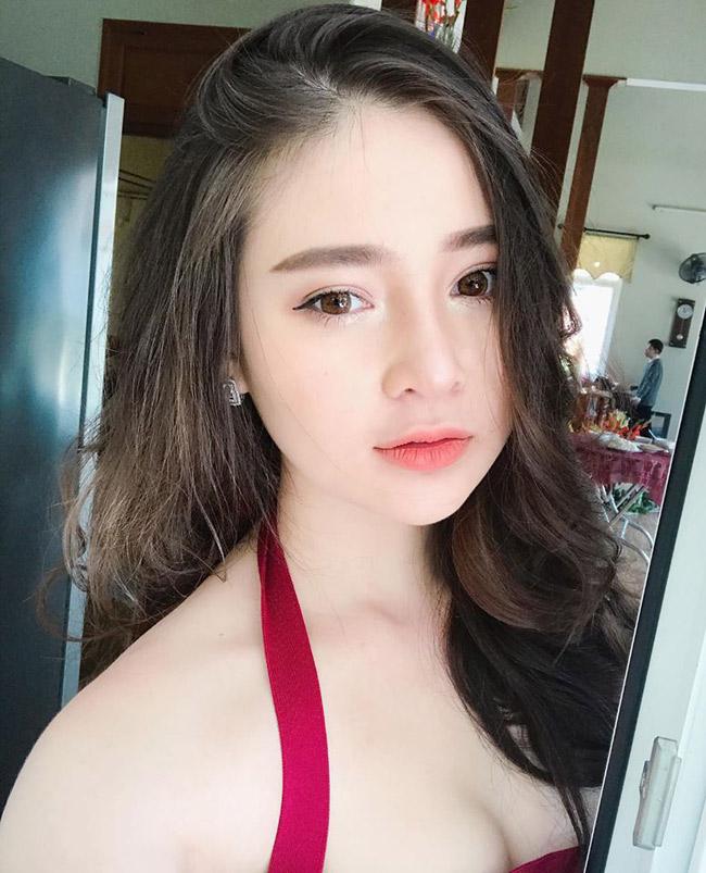 Vẻ đẹp siêu nóng bỏng của nữ sinh Đà Nẵng bị đồn cặp kè đại gia già - hình ảnh 1