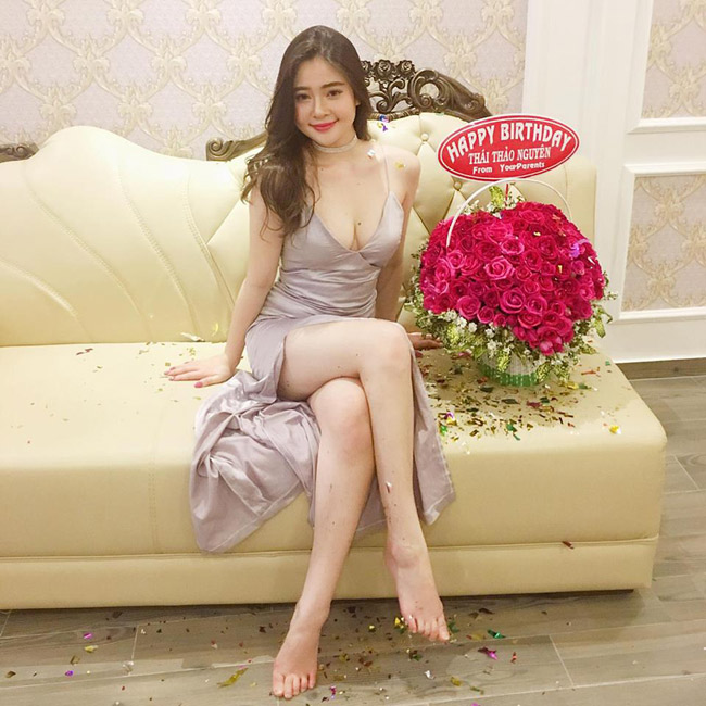 Vẻ đẹp siêu nóng bỏng của nữ sinh Đà Nẵng bị đồn cặp kè đại gia già - hình ảnh 6