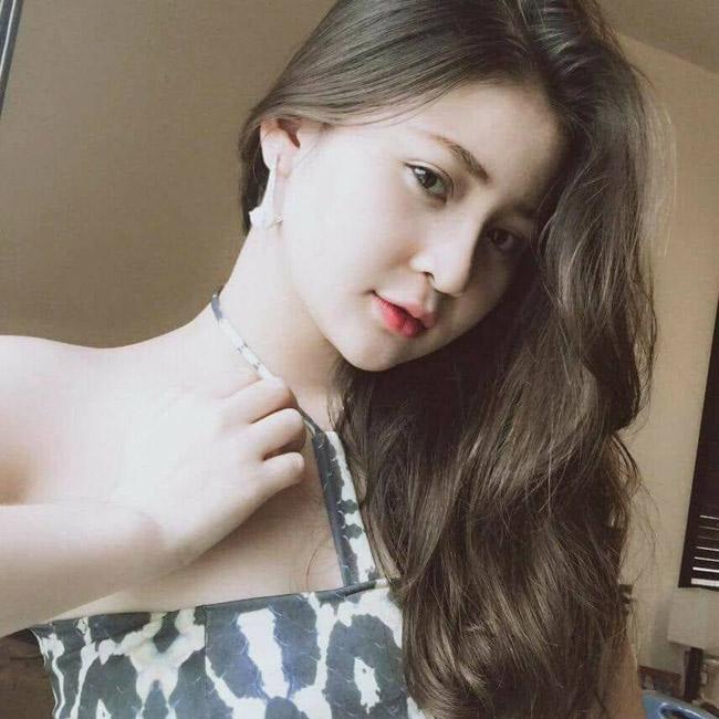 Vẻ đẹp siêu nóng bỏng của nữ sinh Đà Nẵng bị đồn cặp kè đại gia già - hình ảnh 7