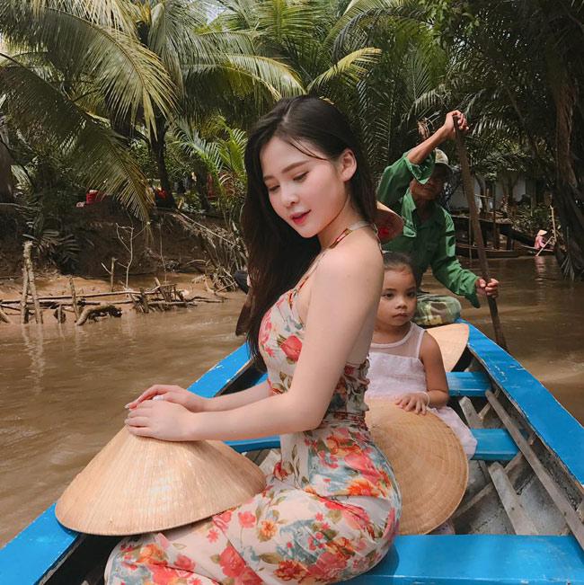 Vẻ đẹp siêu nóng bỏng của nữ sinh Đà Nẵng bị đồn cặp kè đại gia già - hình ảnh 10