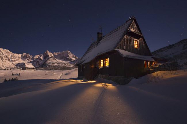 Lạc vào mùa đông kỳ diệu trên núi ở Ba Lan - hình ảnh 2