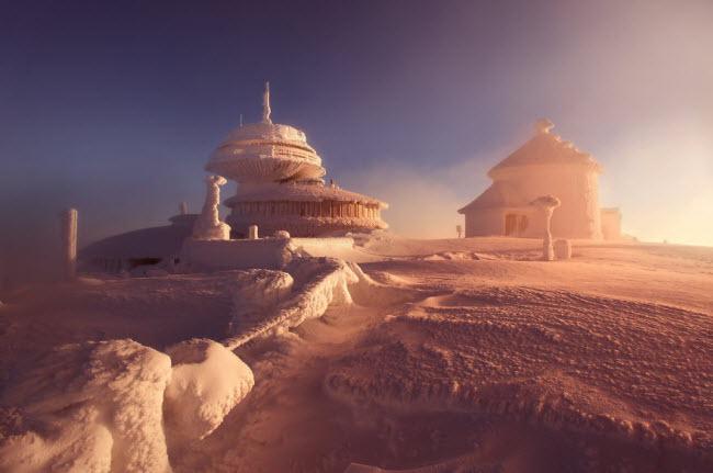 Lạc vào mùa đông kỳ diệu trên núi ở Ba Lan - hình ảnh 4