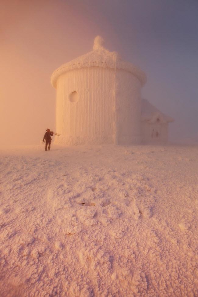 Lạc vào mùa đông kỳ diệu trên núi ở Ba Lan - hình ảnh 9