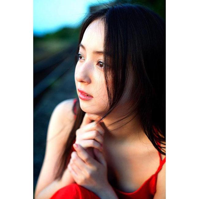 Chỉ với hai bức ảnh, mỹ nữ Nhật khiến trai trẻ Việt đắm say - hình ảnh 8
