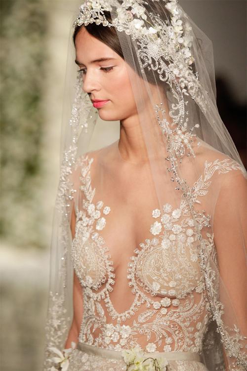 Nàng dâu diện váy cưới như cởi trần liệu có khiến quan khách giật mình? - hình ảnh 12