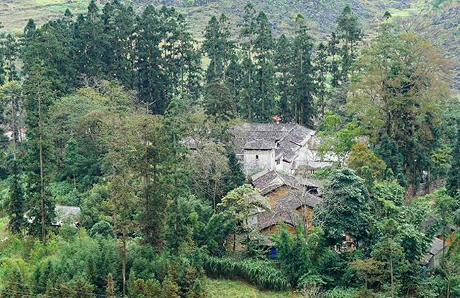Dinh thự 150 tỷ của dòng họ từng thống lĩnh cả vùng cao nguyên Hà Giang - hình ảnh 2