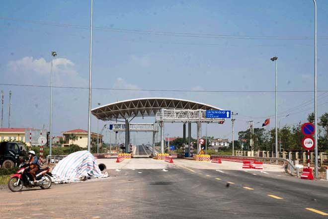 Ngắm cây cầu hơn 1.800 tỷ bắc qua sông Hồng thông xe dịp giải phóng Thủ đô - 8