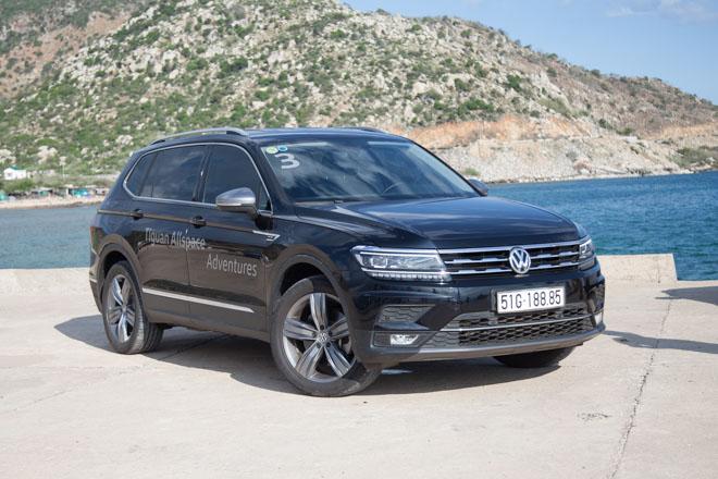 Bảng giá xe Volkswagen 2018 cập nhật mới nhất: SUV 7 chỗ Tiguan Allspace giá đề xuất từ 1,699 tỷ đồng - 1