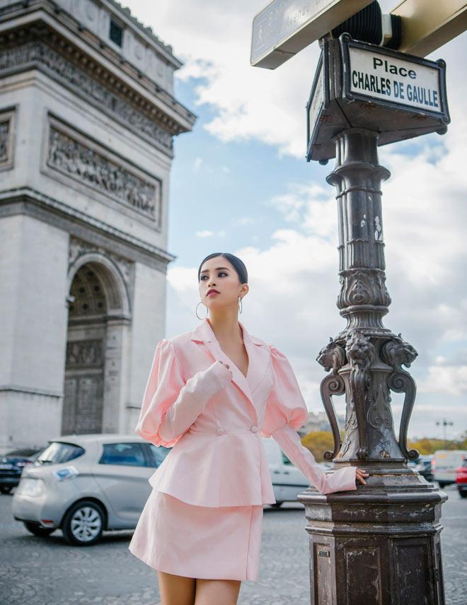 Hoa hậu Trần Tiểu Vy đẹp sang trọng giữa phố Paris - 6