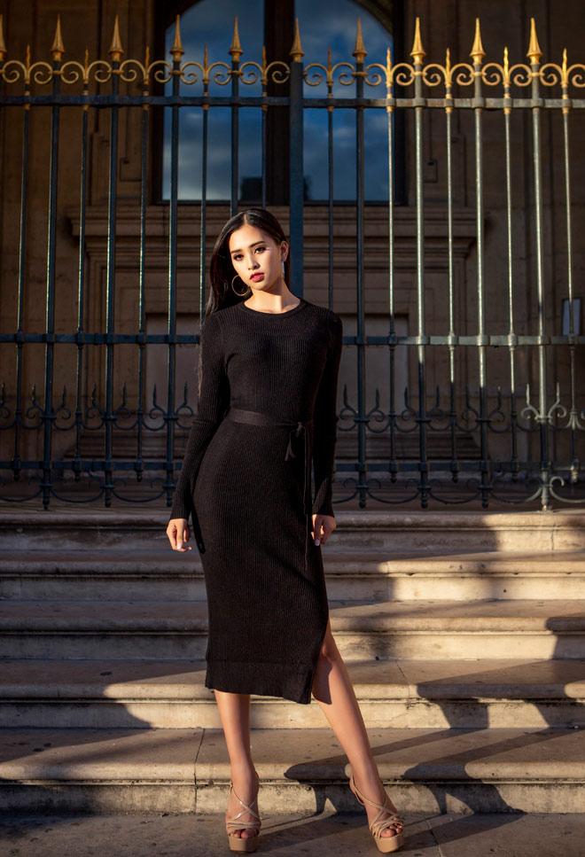 Hoa hậu Trần Tiểu Vy đẹp sang trọng giữa phố Paris - 11