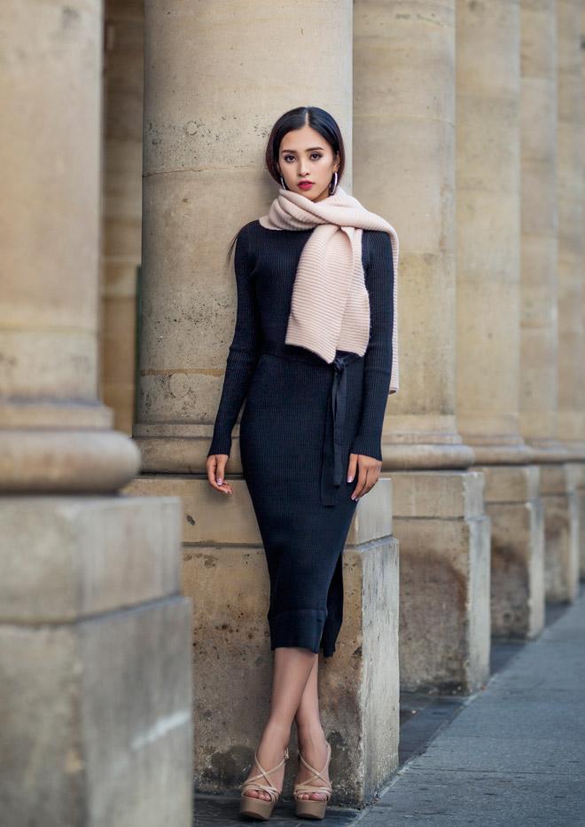 Hoa hậu Trần Tiểu Vy đẹp sang trọng giữa phố Paris - 9