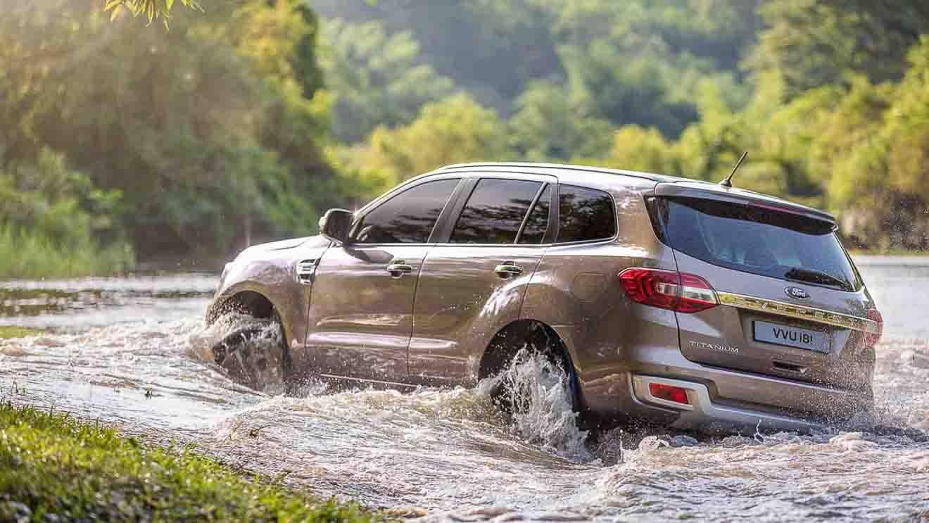 """Ford Ranger tiếp tục giữ ngôi vương """"bán tải bán chạy nhất Việt Nam"""" với 624 xe bán ra trong tháng 9 - 2"""