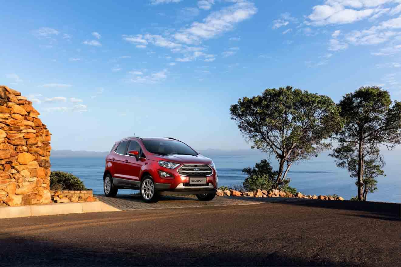 """Ford Ranger tiếp tục giữ ngôi vương """"bán tải bán chạy nhất Việt Nam"""" với 624 xe bán ra trong tháng 9 - 6"""