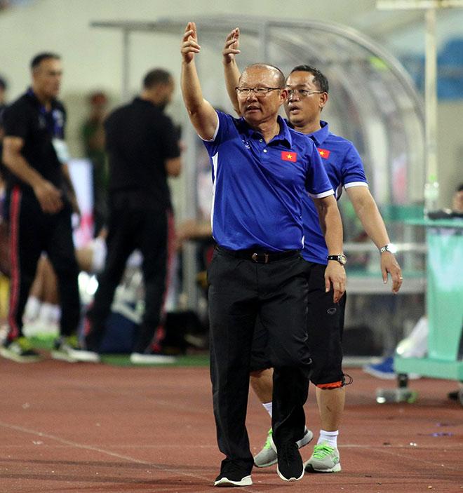 Bí ẩn trợ lý mới giúp Park Hang Seo săn vàng AFF Cup cùng ĐT Việt Nam - 2
