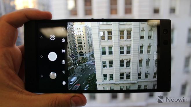 """Cận cảnh smartphone dư sức """"chạy nuột"""" các game di động nặng ký - 13"""