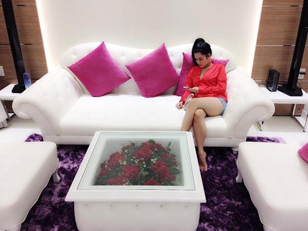 Mẹ đơn thân nóng bỏng sắp cưới Tiêu Quang Vboys giàu cỡ nào? - 3