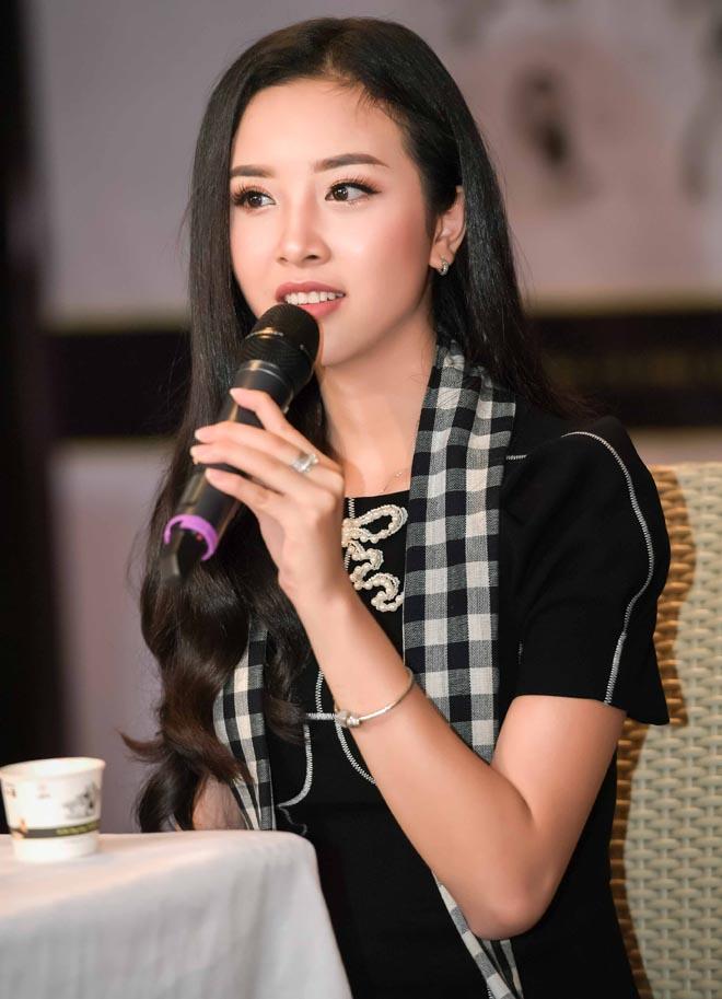 Á hậu Thúy An tái xuất sau khi bỏ thi Hoa hậu Quốc tế 2018