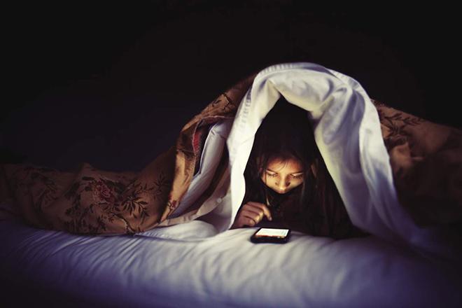 Sử dụng thiết bị công nghệ ra sao để có giấc ngủ ngon? - 2