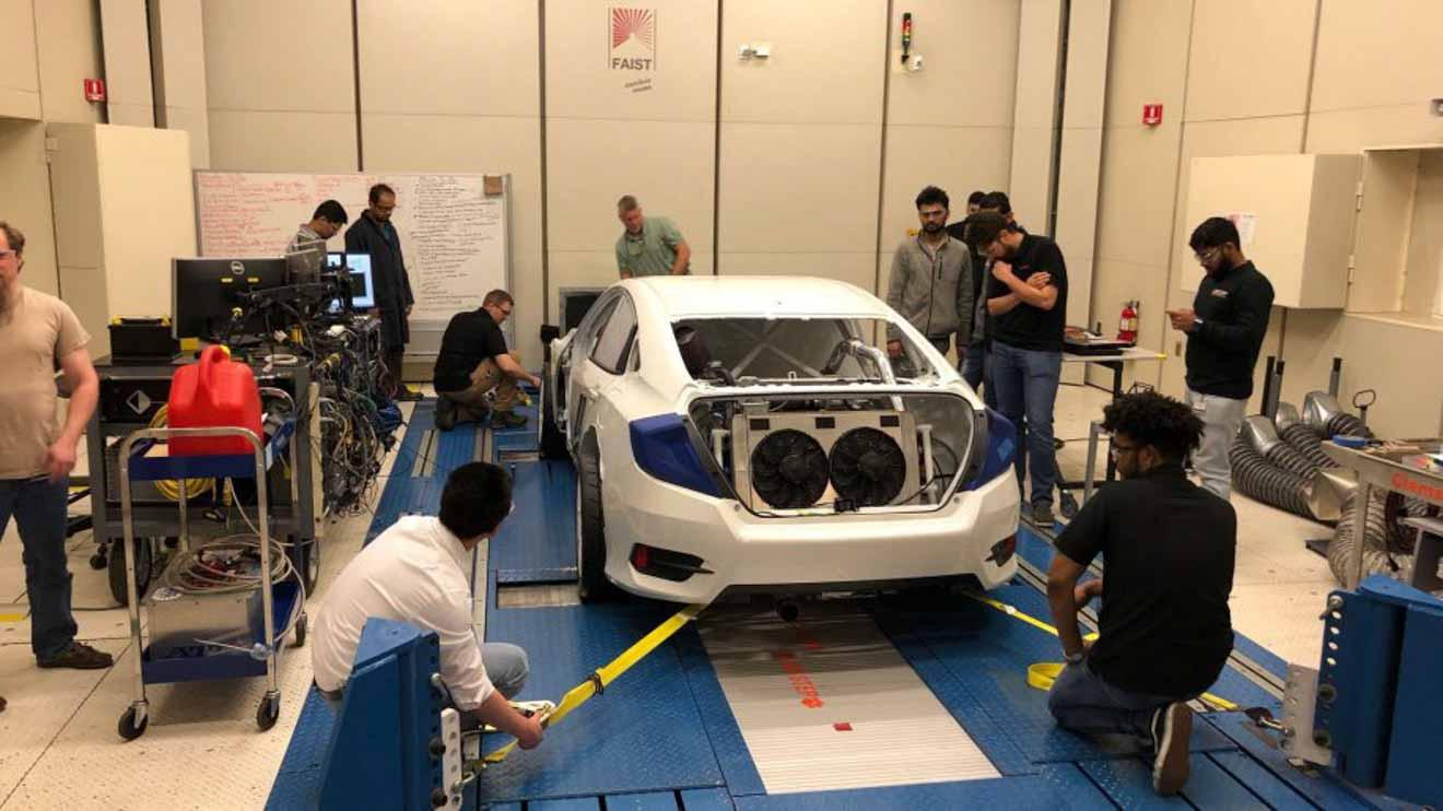 Honda Civic mạnh hơn 600 mã lực qua bàn tay của nhóm sinh viên đại học - 11