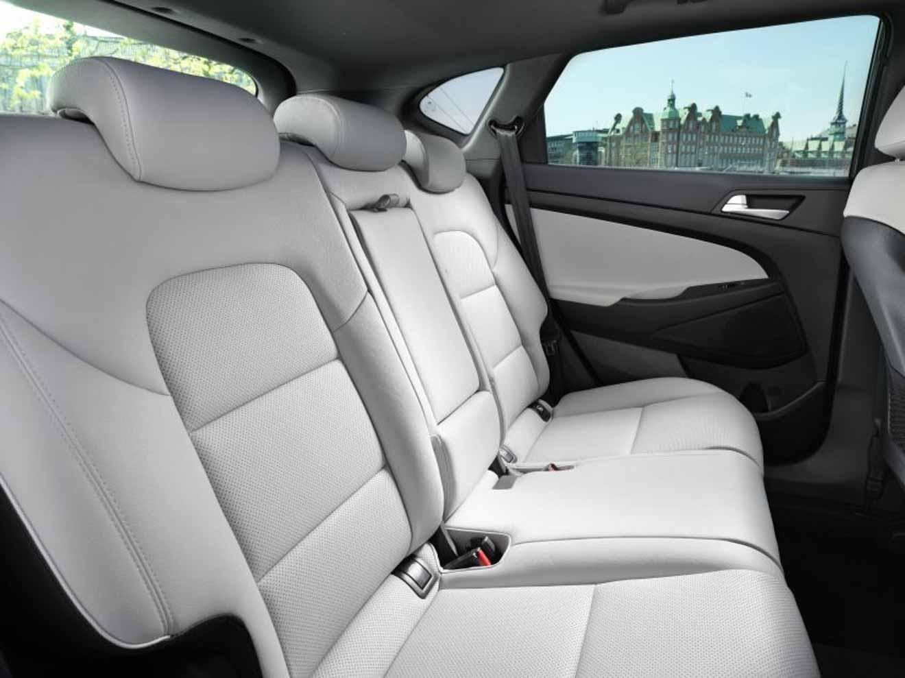Hyundai Tucson Facelift 2019 ra mắt tại Malaysia, giá tương đương 695 triệu đồng - 9