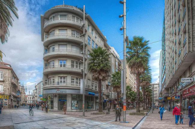 Thành phố duy nhất ở Châu Âu quét sạch bách mười bốn nghìn xe ô tô để thành 'phố đi bộ' - 1
