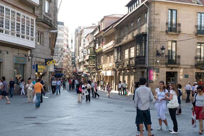 Thành phố duy nhất ở Châu Âu quét sạch bách mười bốn nghìn xe ô tô để thành 'phố đi bộ' - 2
