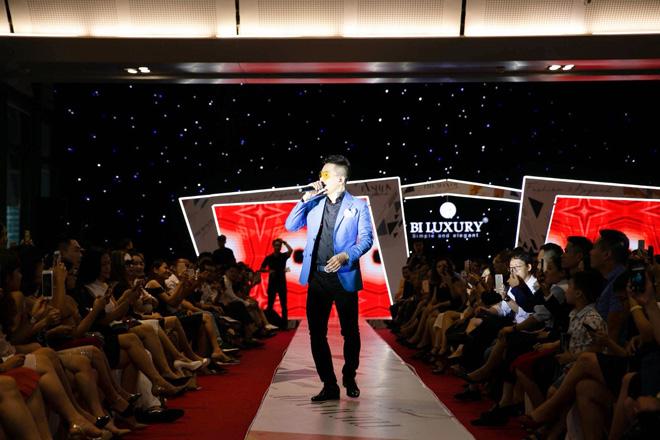 Thương hiệu Việt tổ chức show tiền tỉ cạnh tranh với các thương hiệu nước ngoài - 1