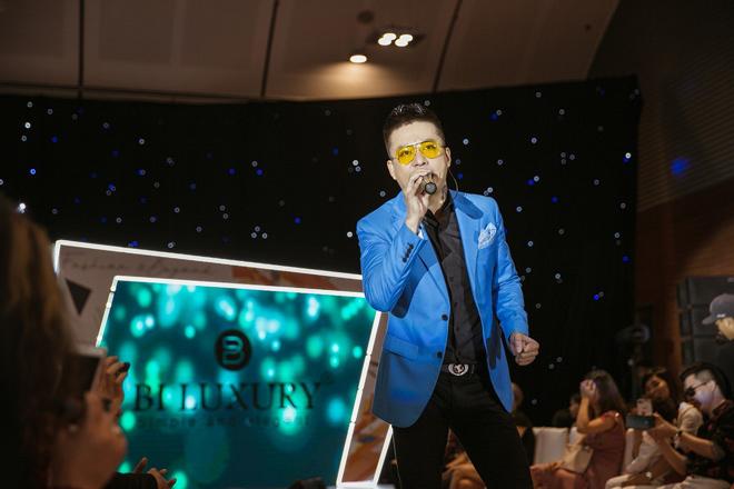 Thương hiệu Việt tổ chức show tiền tỉ cạnh tranh với các thương hiệu nước ngoài - 7