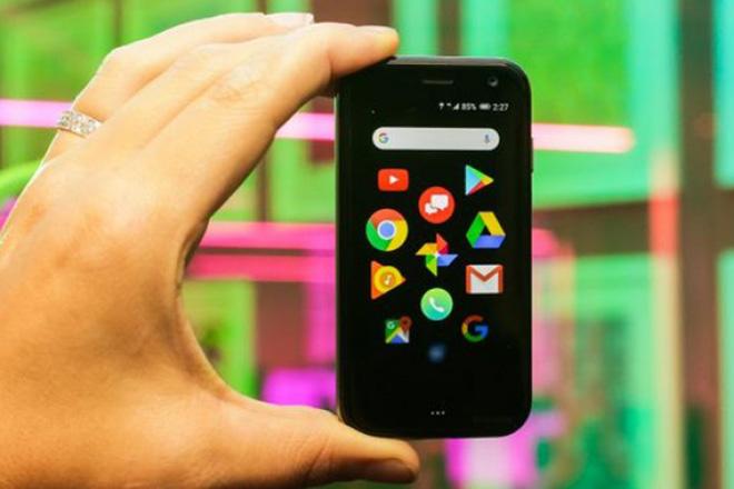 Huyền thoại Palm trở lại với chiếc smartphone nhỏ gọn, giá 8,15 triệu đồng - 1