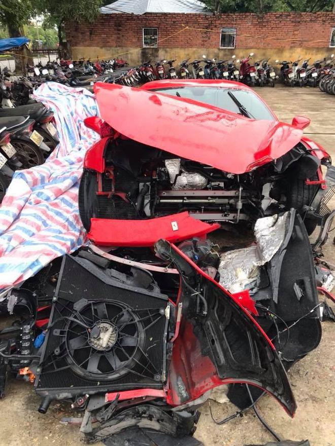 Tuấn Hưng nói gì về tai nạn nát đầu siêu xe trên cao tốc lúc rạng sáng? Tuấn Hưng nói gì về tai nạn nát đầu siêu xe trên cao tốc lúc rạng sáng?