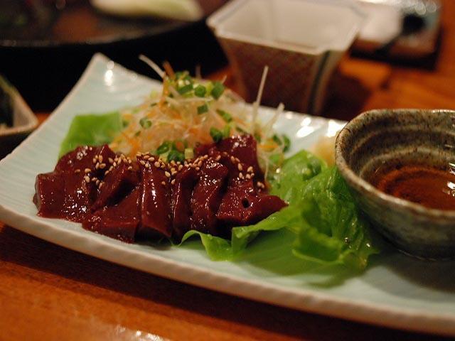 Tại sao món ăn này càng bị cấm người dân Nhật lại càng muốn được ăn
