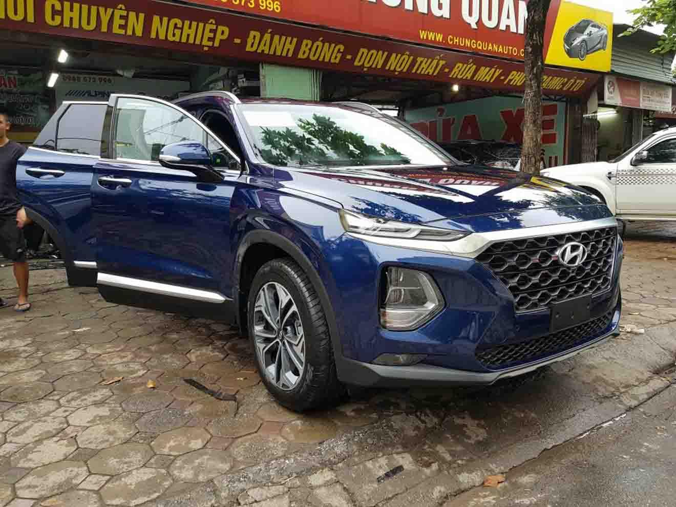 Hyundai SantaFe 2019 bất ngờ xuất hiện trên đường phố Hà Nội - 2