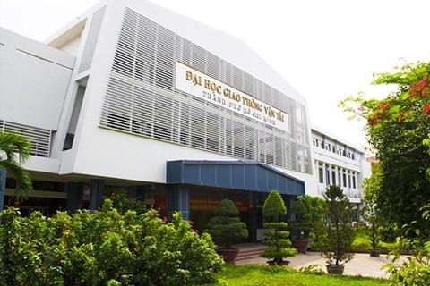 300 sinh viên Đại học Giao thông vận tải TP.HCM có thể bị đuổi học? - 1
