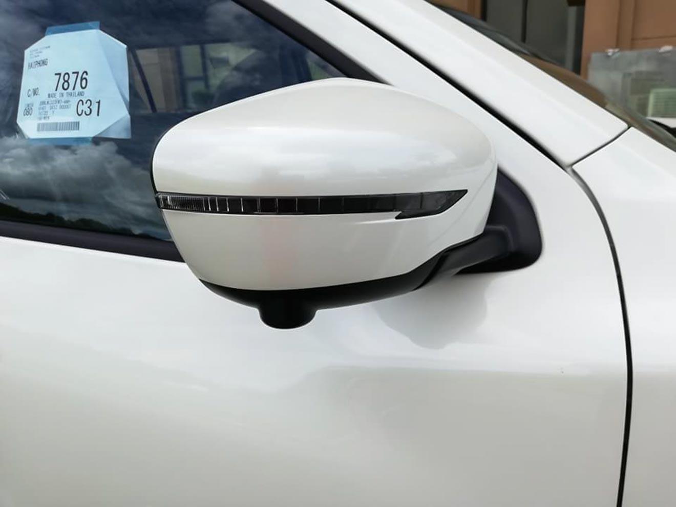 Lộ ảnh thực tế và giá bán Nissan Terra tại Việt Nam - 8