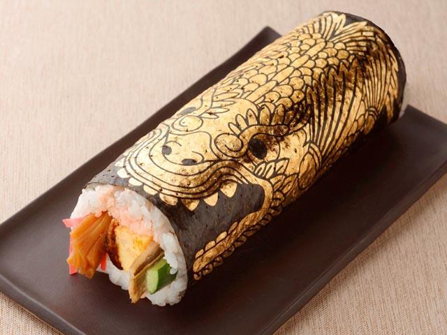 Giàu có như người Nhật, đem vàng bọc vào thức ăn chỉ để trang trí - 3