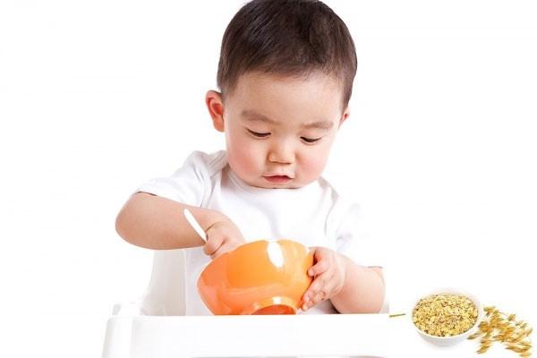 Tiêu chí mua sữa cho trẻ biếng ăn suy dinh dưỡng - 1