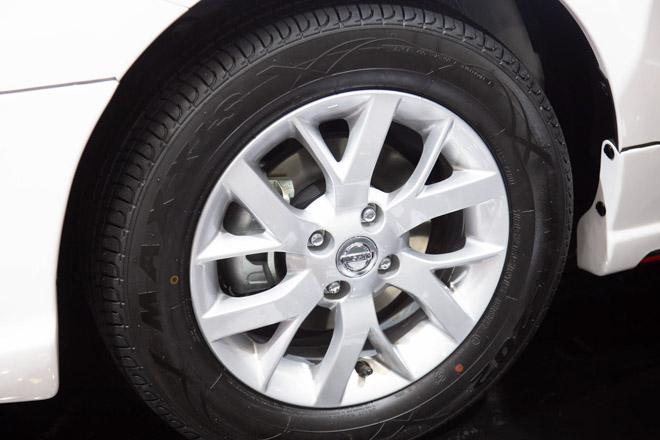 Nissan giới thiệu Sunny Q-Series với gói độ bodylip và một số nâng cấp nội thất; giá bán 568 triệu đồng - 4