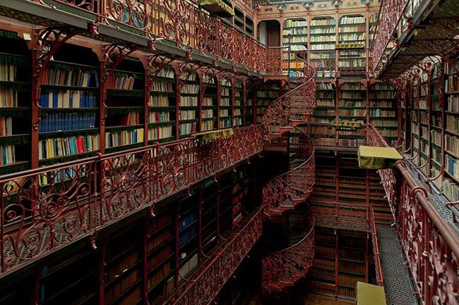 Choáng ngợp với những thư viện đẹp nhất thế giới - 10
