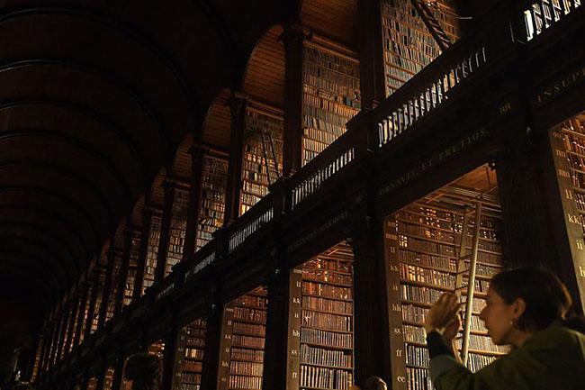 Choáng ngợp với những thư viện đẹp nhất thế giới - 7